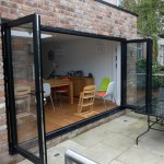Fully open bi-folding door - bi-fold