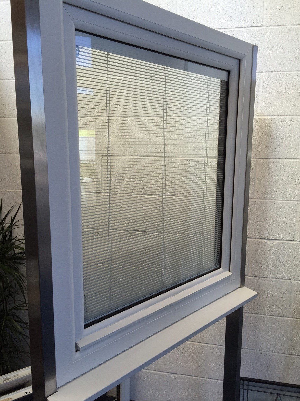 Windows with built in blinds stunning aluminum casement for Windows with built in shades