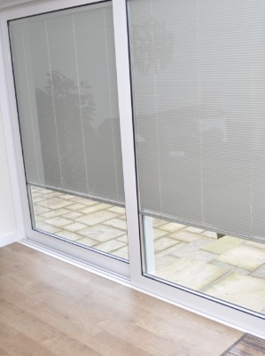 White integrated blinds